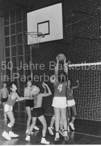 VBC-Spielszene-Minis-Reismannhalle-Sep1972JPG